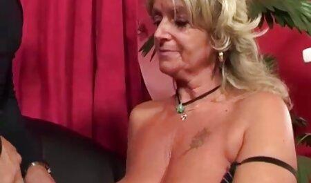 Feurige sexy Frau gibt alles von porno reife hausfrauen sich