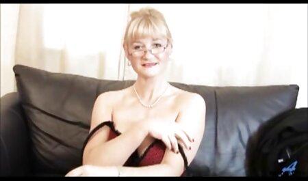 Heiße reife frauen porno tube und vollbusige Brünette Babe in Dessous gestreichelt und gefickt