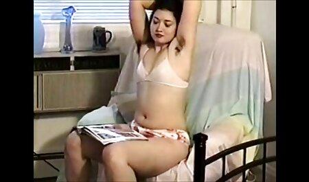 Lesbenküken aus Ebenholz und kostenlose sexfilme von reifen frauen Elfenbein ficken