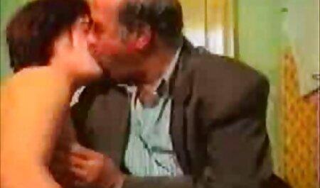 süße Haushälterin genießt Sperma kostenlose pornos mit älteren frauen auf ihrem schönen Gesicht