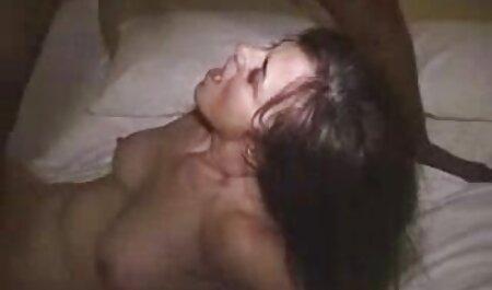 Süße und mollige gratis pornos alte weiber Brünette rockt den Hahn