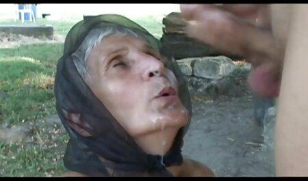 gemischte schwarze Yella entbeinte Dame Königin schlug ihre enge Muschi reife frauen sex porno P2