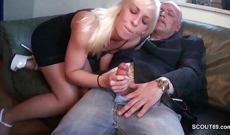 Cumshots auf großen reife nackte frauen video Titten, Zusammenstellung