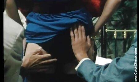 Fucking reife frauen sexfilme kostenlos Glasses - Naughty Teeny ausgesetzt