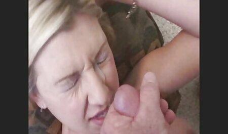 OnlyTeenBJ Süße & junge russische Teen auf den Knien reife frauen ab 40 porno zu saugen!