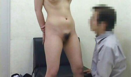 Heiße MILF spritzt und genießt harten Fick, während sie kostenlose sexfilme mit reifen frauen gebunden ist