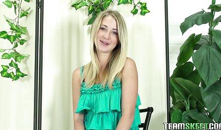 Schöne reife mom porn Brünette leckt die wunderschöne Muschi ihrer Freundin
