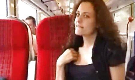 Die geile Juliana Jolene genießt ein porno videos mit reifen frauen tiefes Schrauben
